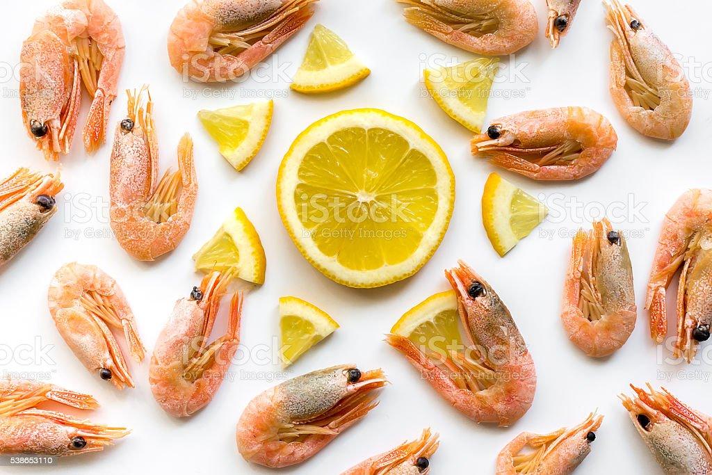 Pattern with shrimps and lemon ornament foto de stock royalty-free
