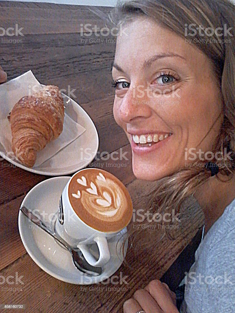 People coffee shop cappuccino croissant restaurant city-life woman...