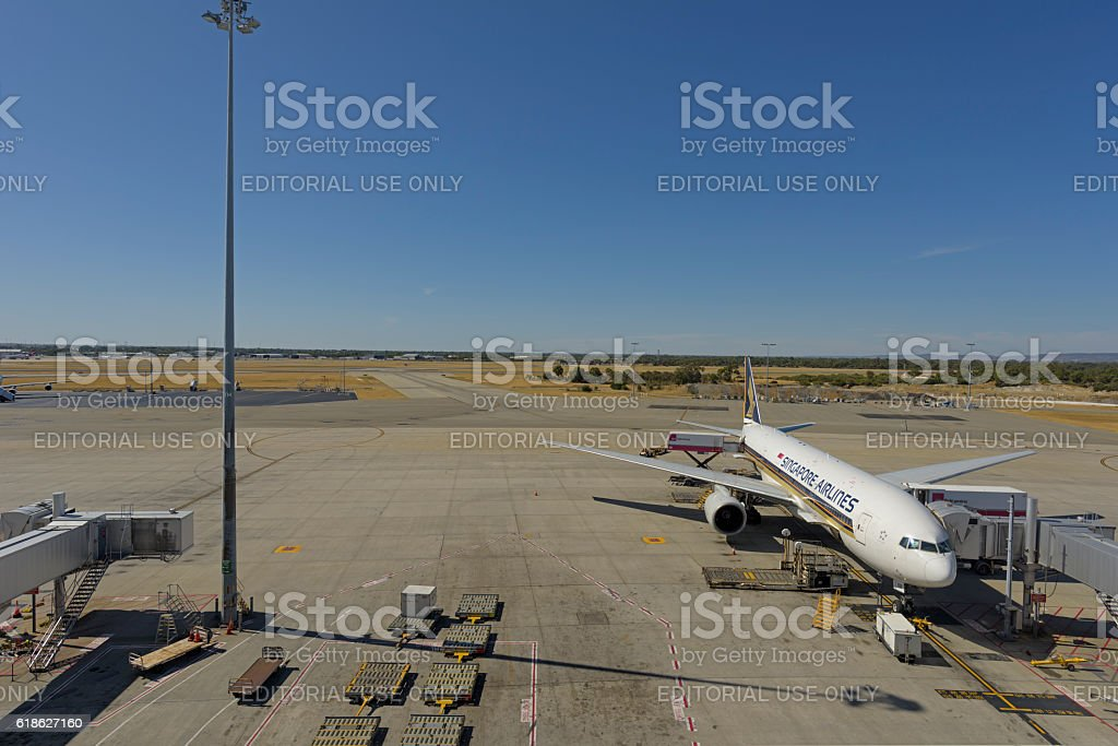 Perth Airport Boeing 777-212 9V-SRM stock photo