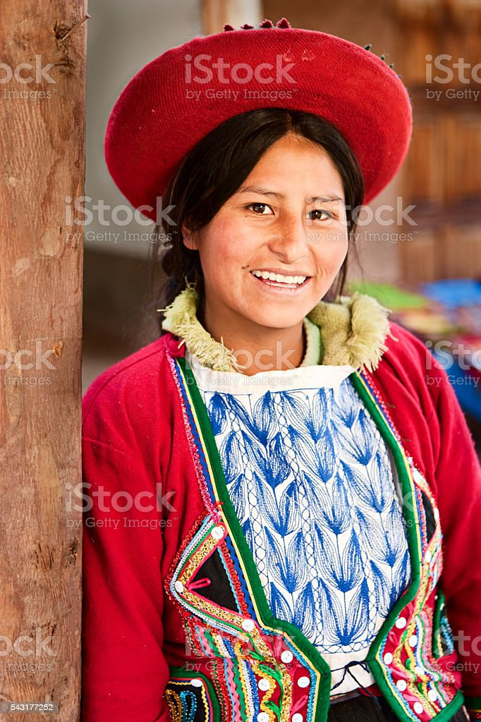 Peruvian woman in national clothing, The Sacred Valley, Chinchero stock photo