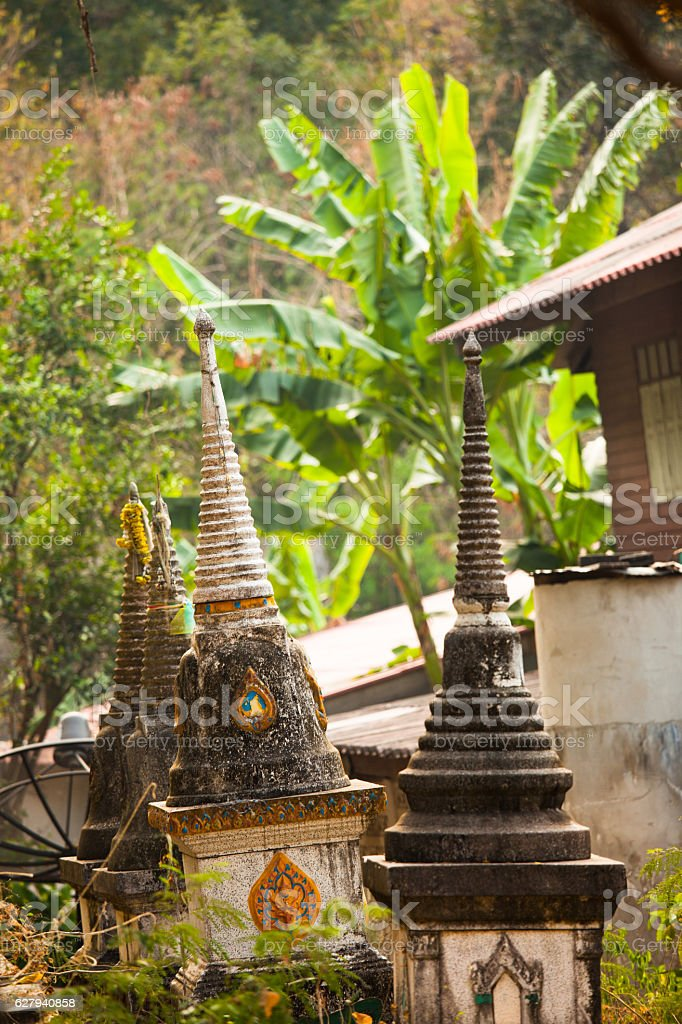 petits temples bouddhistes stock photo