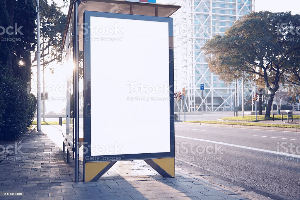 Photo blank lightbox on bus stop in the modern city stock photo