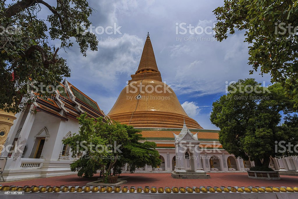 Phra Pathom Chedi and blusky stock photo