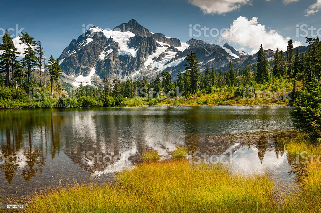 Picture Lake, Mt. Baker-Snoqualmie National Forest. stock photo