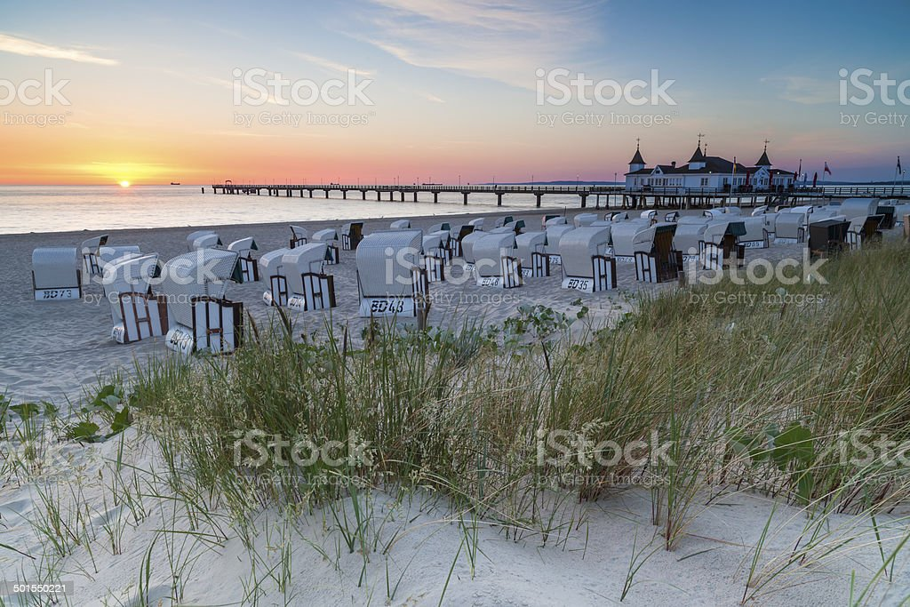 Seebr?cke Ahlbeck im Sonnenaufgang stock photo