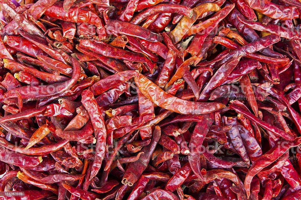 Pila di un mix di peperoncino essiccato foto stock royalty-free