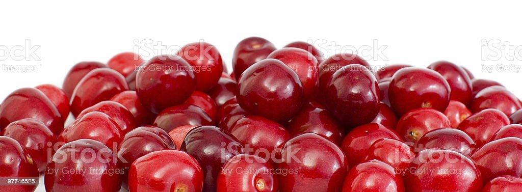 Pilha de cerejas sem caules vermelho foto de stock royalty-free