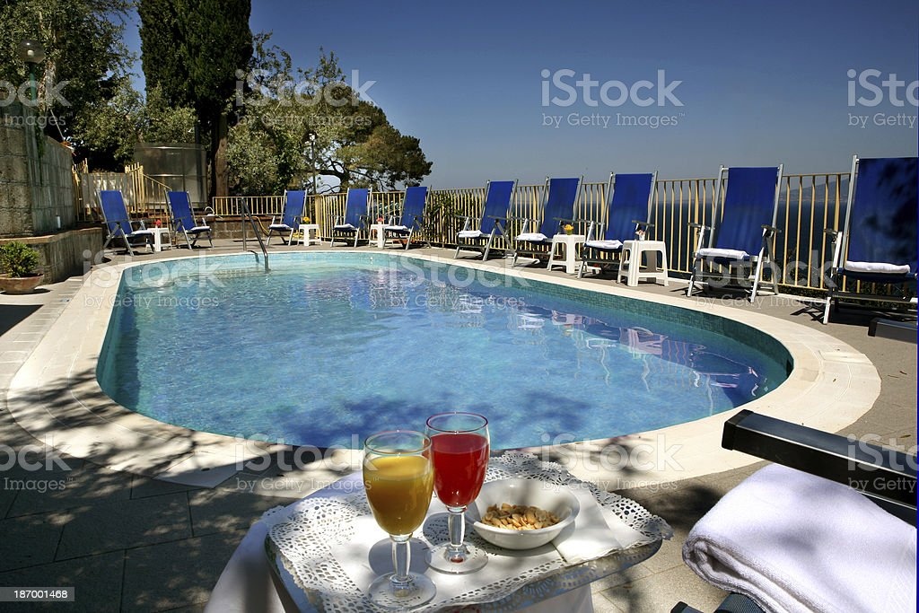 piscina stock photo