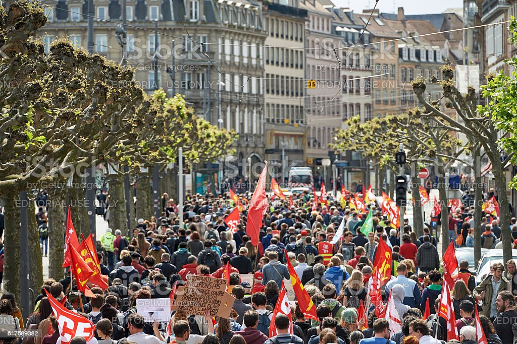 Place Broglie with protestors against labor law stock photo