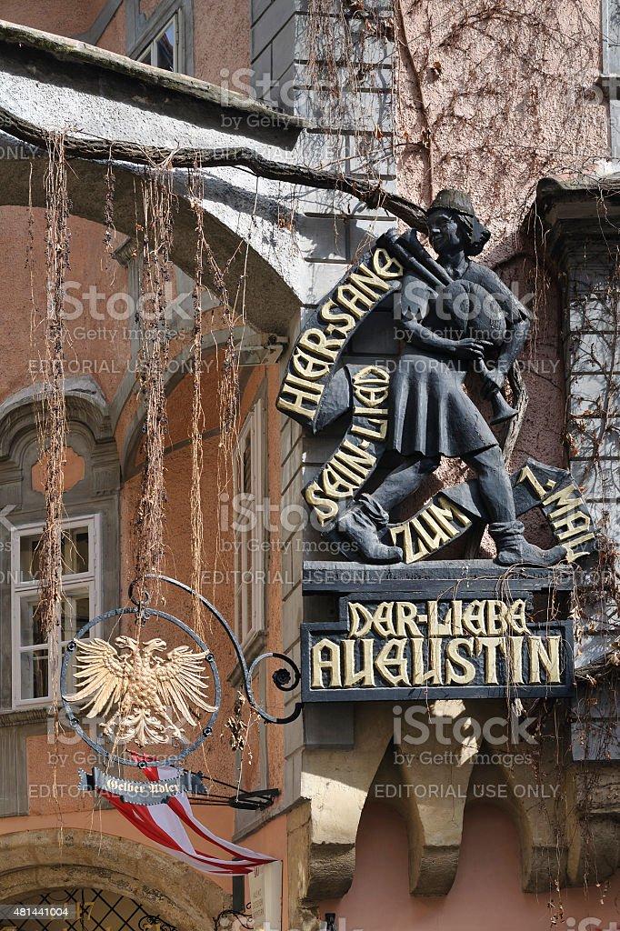 Plaque in memory of 'Der liebe Augustin', Griechenbeisl inn, Vienna stock photo