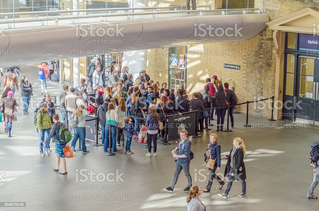 Platform 9 and 3/4, Harry Potter's movies in London stock photo