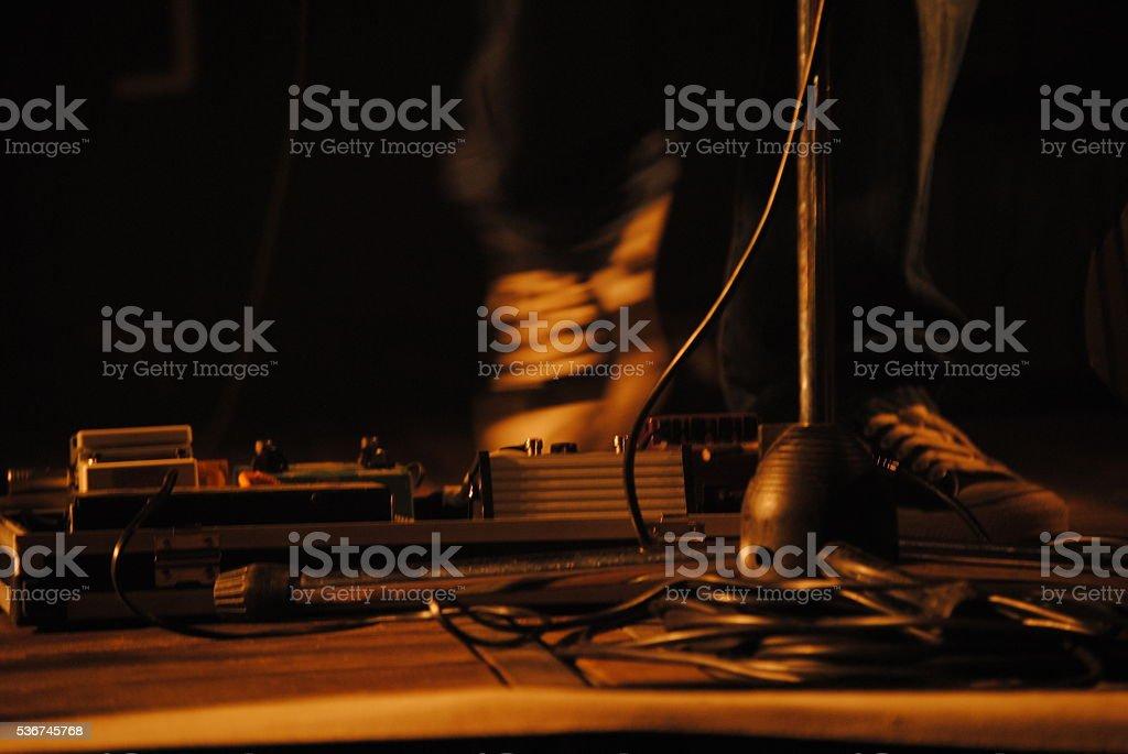 suonare con il pedale stock photo