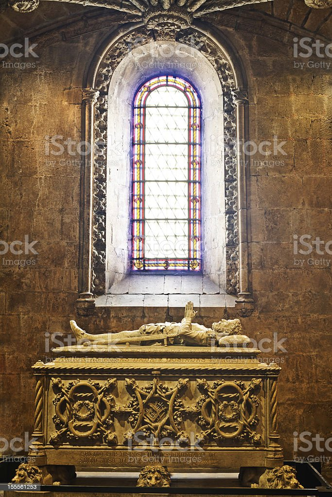 Poet Cam?es tomb in the Mosterio dos Jer?nimos royalty-free stock photo