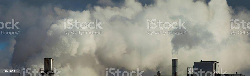 Inquinamento fumo del camino s foto stock royalty-free