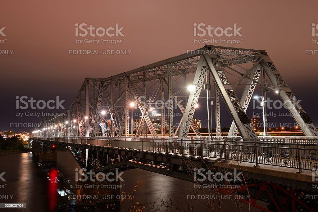 Pont Alexandria Bridge at Night stock photo