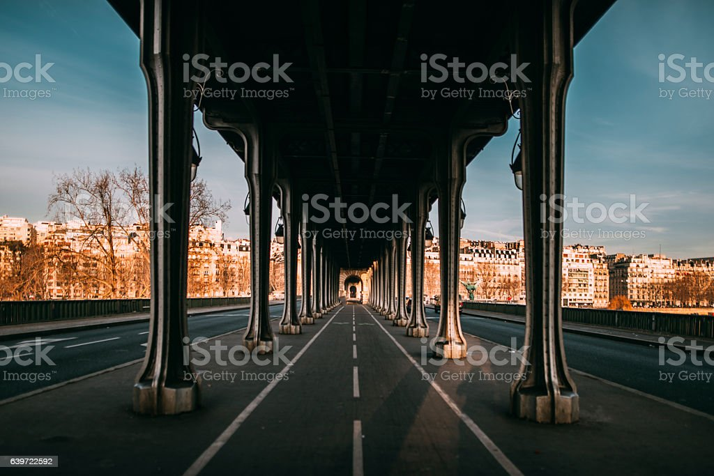Pont de Bir Hakeim, Paris stock photo