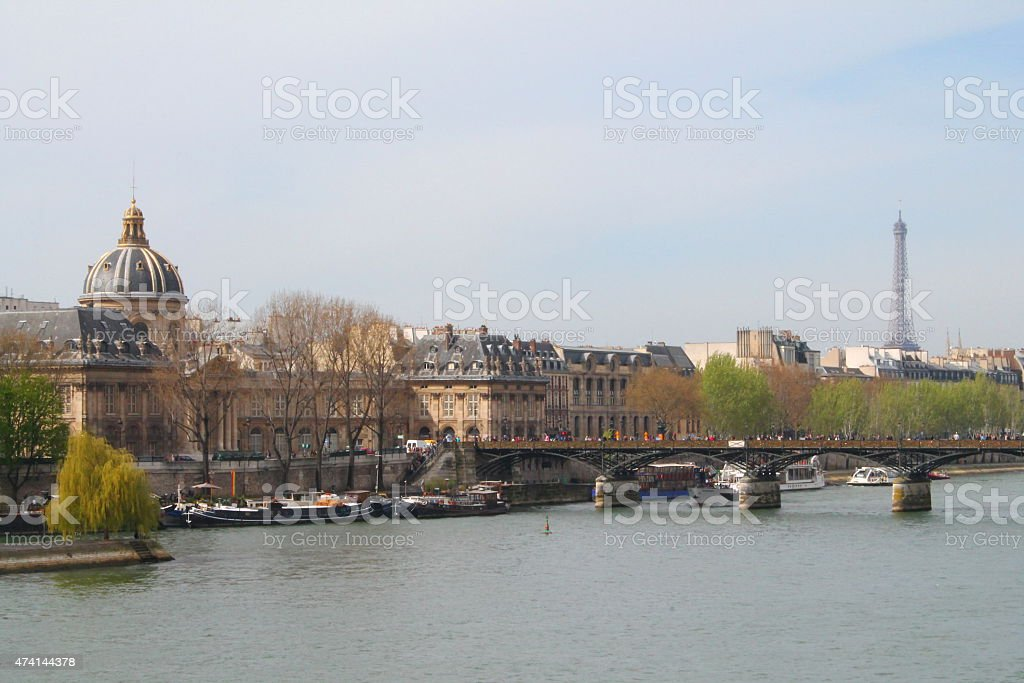 Pont des Arts et la Tour Eiffel, Paris stock photo