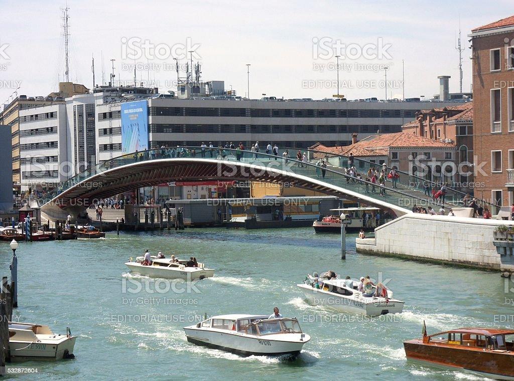 Ponte della Costituzione su Canal Grande stock photo
