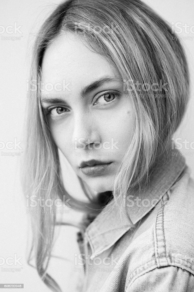 ritratto bellissima ragazza stock photo