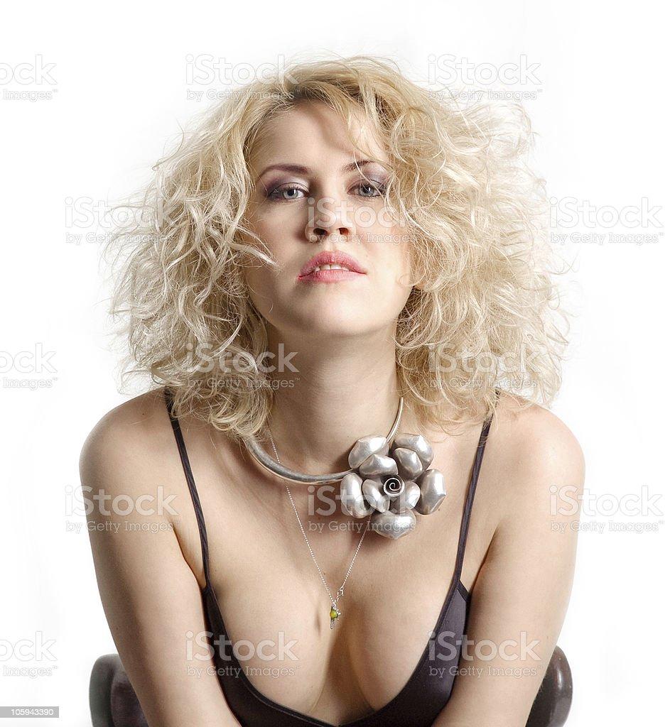 Retrato de una mujer de belleza rubia foto de stock libre de derechos
