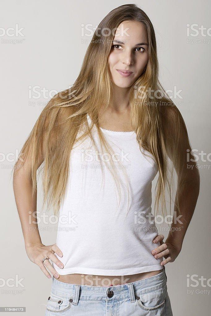 Retrato de una mujer joven belleza foto de stock libre de derechos