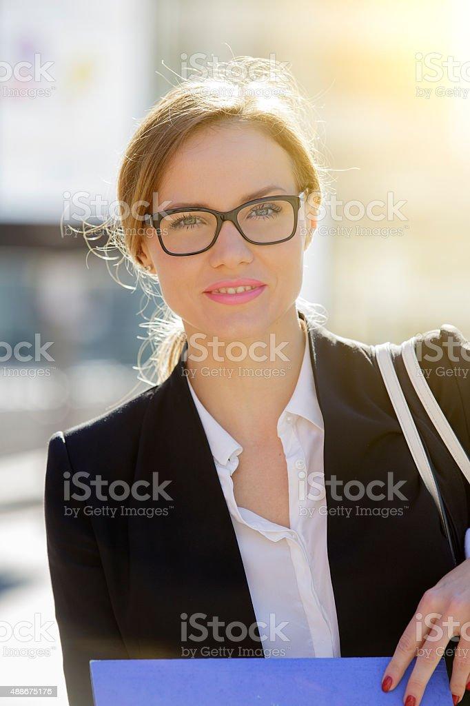 Retrato de una mujer de negocios foto de stock libre de derechos
