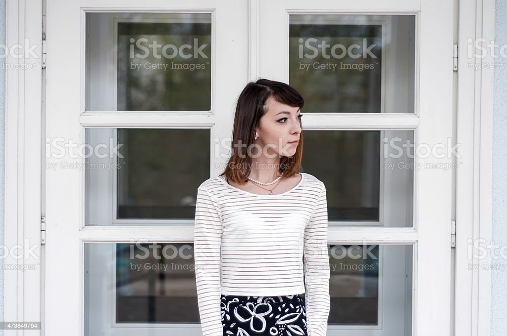 Retrato de moda de chica oscuras con hermosos ojos cafés foto de stock libre de derechos