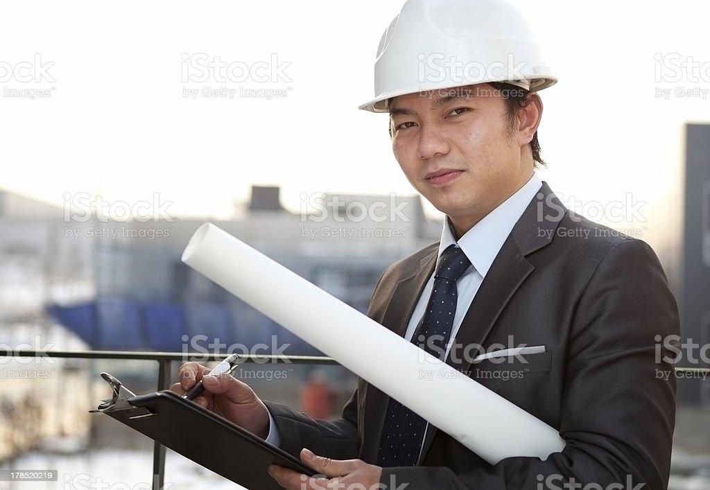 Porträt von junge asiatische Architekt Lizenzfreies stock-foto