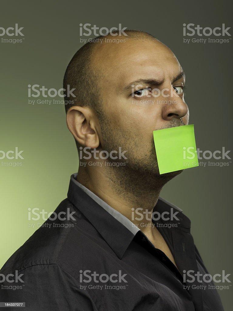 Uomo chiedendo post-it foto stock royalty-free