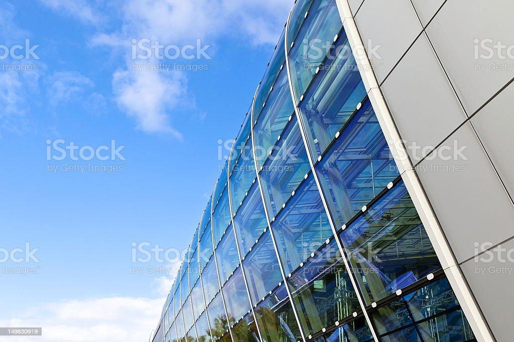 Postmoderne Glasfassade stock photo