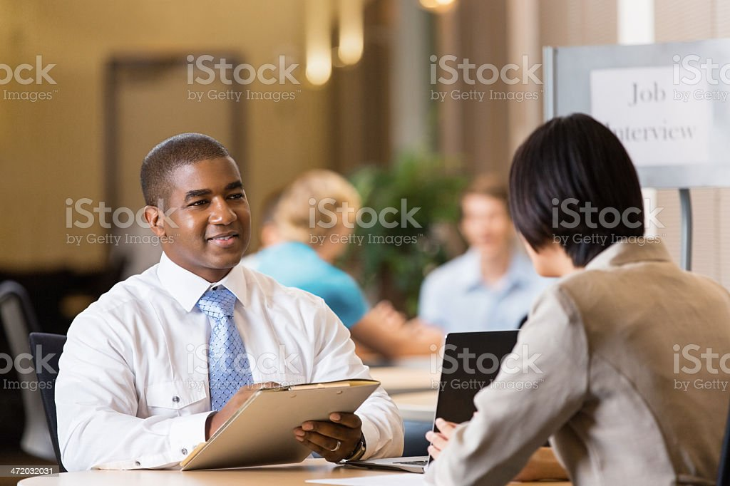 presenting a resume in person creating a rÉsumÉ of hire quality