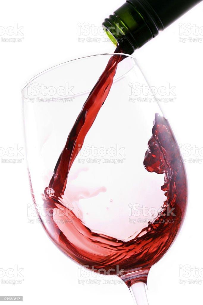 Наливать Красное вино Стоковые фото Стоковая фотография