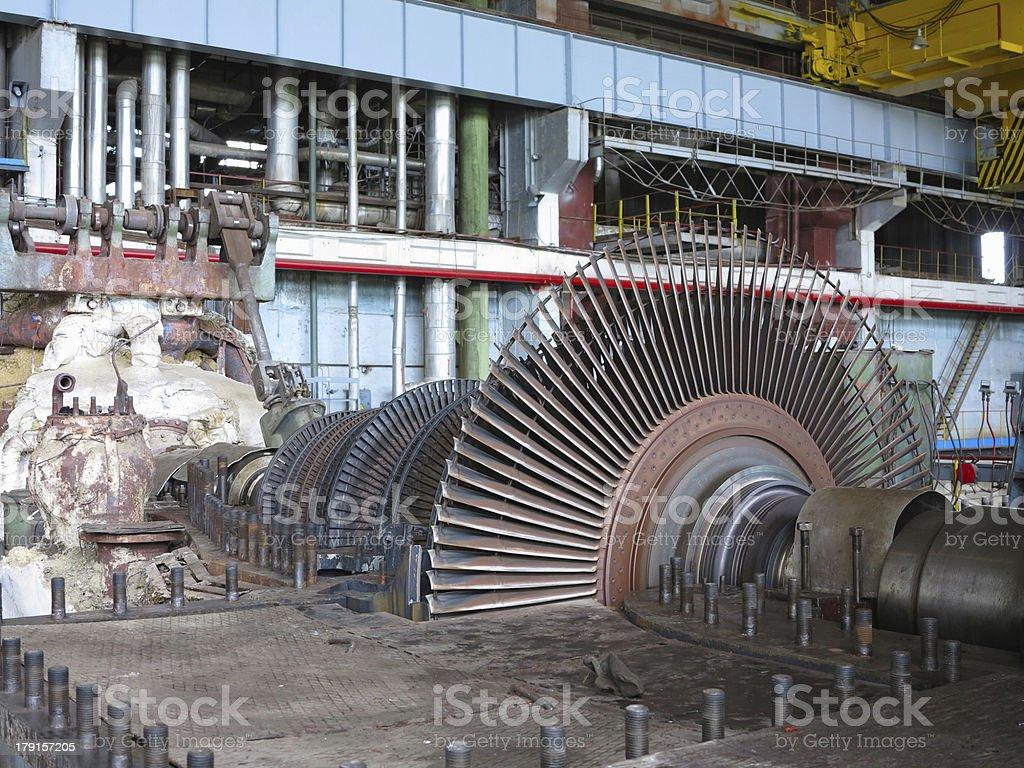 Gerador de energia e Turbina a vapor durante reparação foto de stock royalty-free