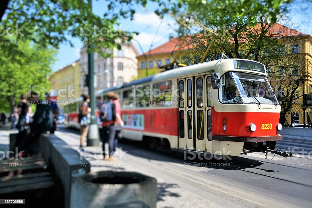 Praga, muoversi in tram stock photo