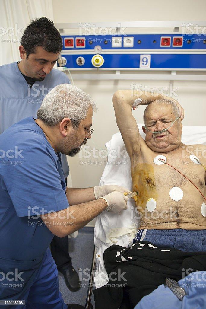praparin to insert a chest tube royalty-free stock photo