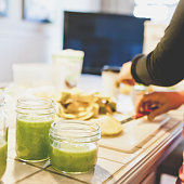 Preparing Green Smoothies