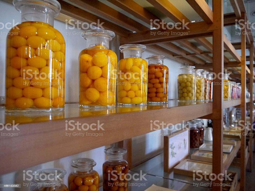 Conservato frutta in barattoli di vetro foto stock royalty-free