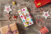 process of packing holiday gifts with effect instagram