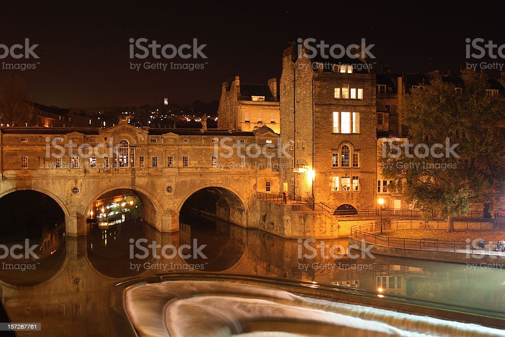 Pulteney Bridge and River Avon at night, Bath, England stock photo