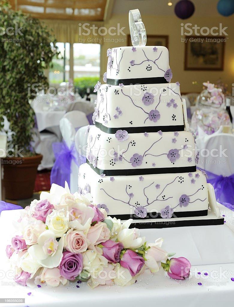 Purple wedding cake royalty-free stock photo