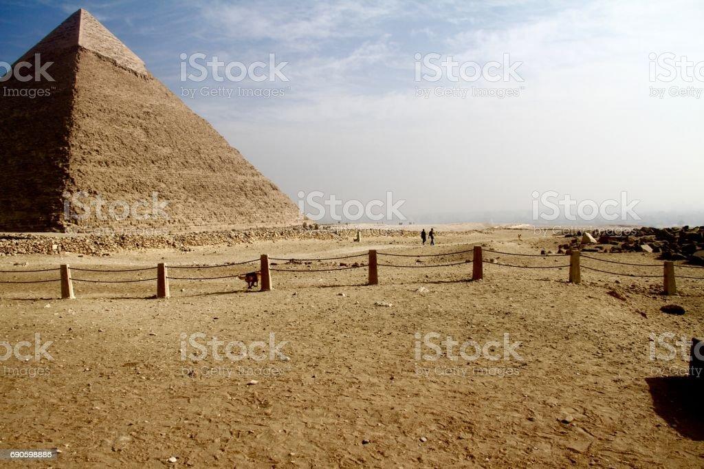 Pyramid of Khafre - middle giza pyramid stock photo