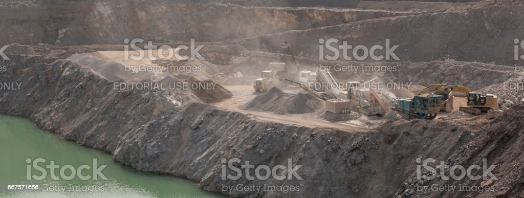 Quarrying and processing operations at Wick Quarry stock photo
