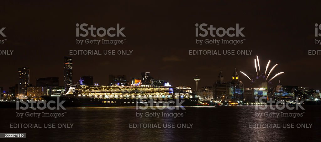 Queen Mary 2 Berthed on the Liverpool Waterfront stock photo
