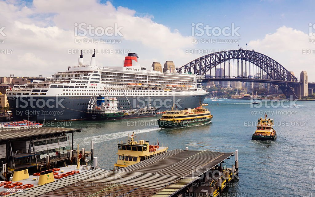 Queen Mary 2 in Sydney Harbour stock photo