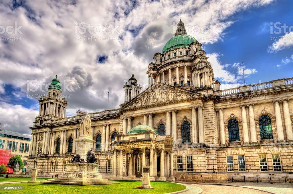 Queen Victoria Memorial and Belfast City Hall - Northern Ireland stock photo