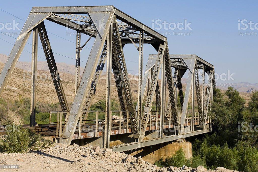 Ponte di ferrovia Tressel foto stock royalty-free