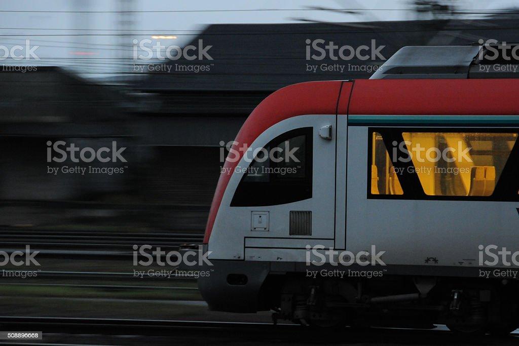 Eisenbahn im Morgengrauen stock photo