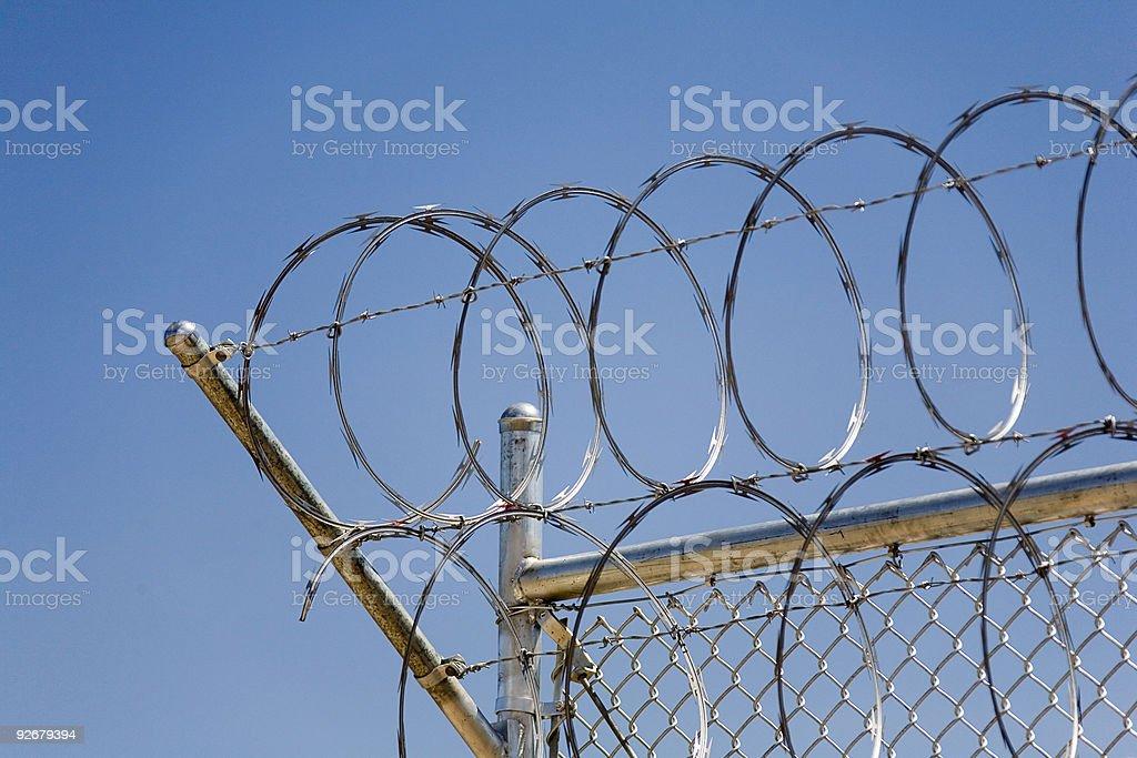 Filo spinato sicurezza fence_01 foto stock royalty-free