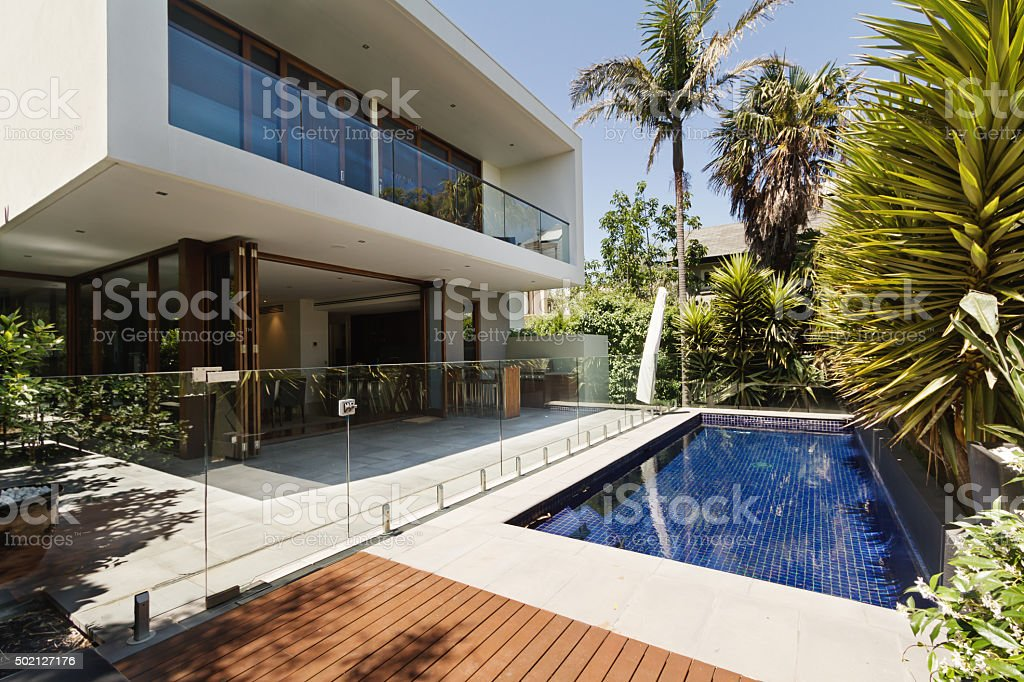 Rear garden of a contemporary Australian home with pool stock photo
