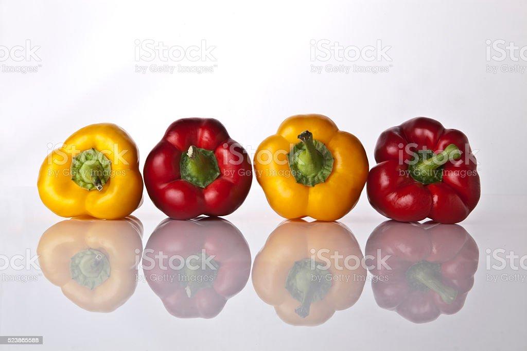 Peperoni gialli e rossi foto stock royalty-free